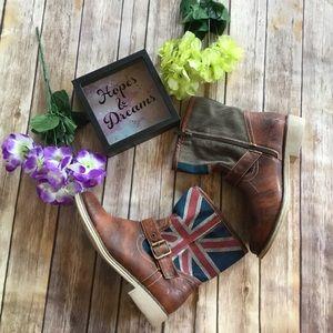 Shoes - 🆕 British flag 🇬🇧 cowboy moto ankle boots 👢
